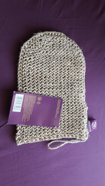 Used Set of 5 Hemp Body Mitts (The Body Shop) in Dubai, UAE