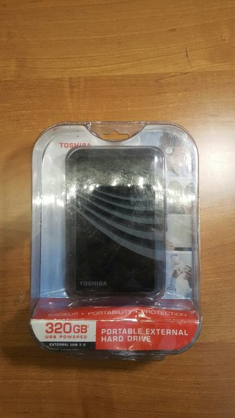 Used Toshiba Portable Hard Drive 320GB Dead in Dubai, UAE