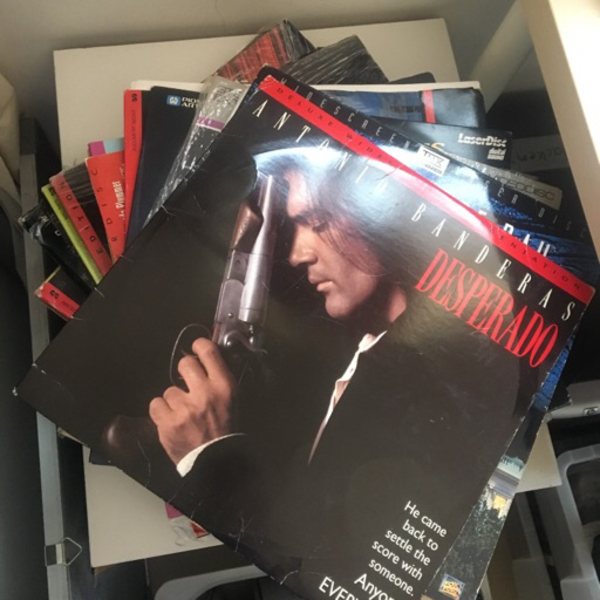 Used 20 x Laser video discs in Dubai, UAE