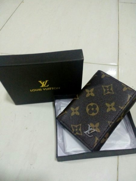 Used Louis vuitton wallet first copy in Dubai, UAE