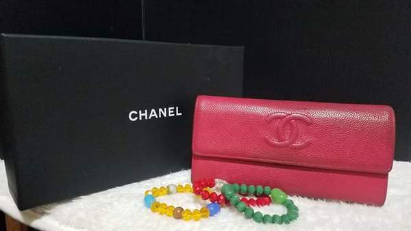 Used Chanel cc caviar wallet in Dubai, UAE