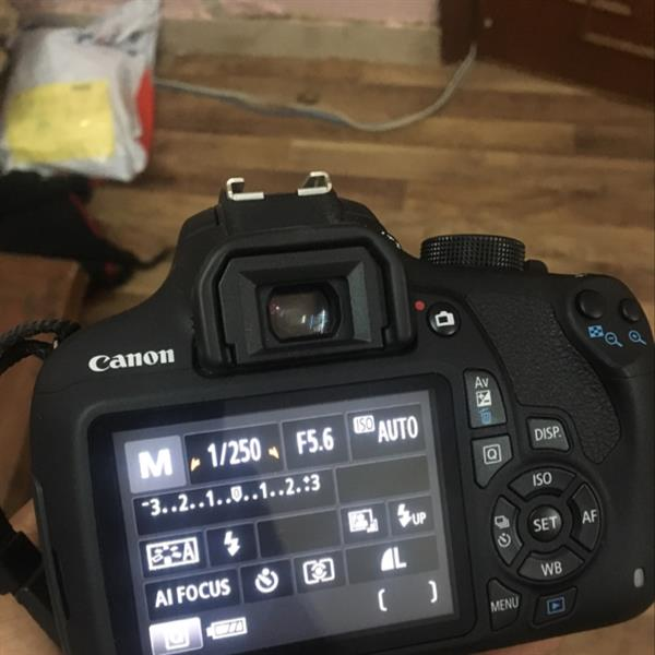 Used Canon eos1200D dslr Cam. With Box And Free Pouch in Dubai, UAE