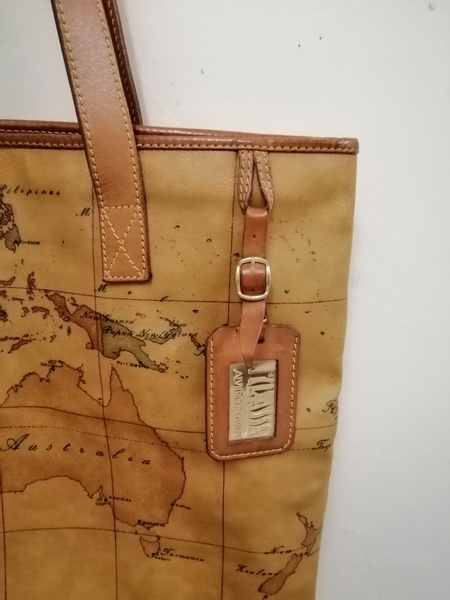Used Alviero Martini Tote Bag in Dubai, UAE