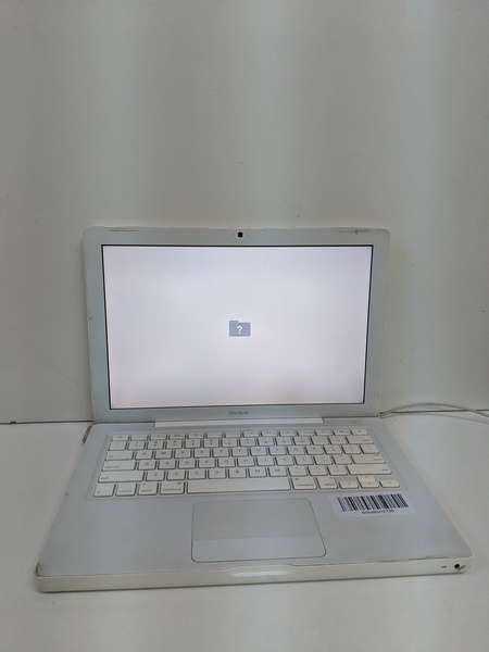 Used MacBook A1181. * No harddisk drive* in Dubai, UAE