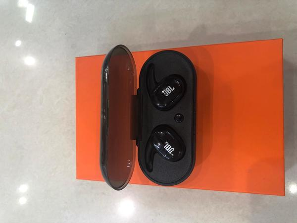 Used JBL Sport Wireless BT Headset in Dubai, UAE