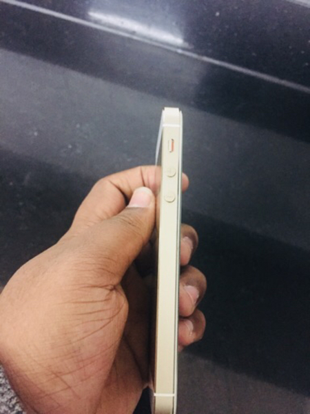 Used Iphone 5s 32gb..like new 📱  in Dubai, UAE