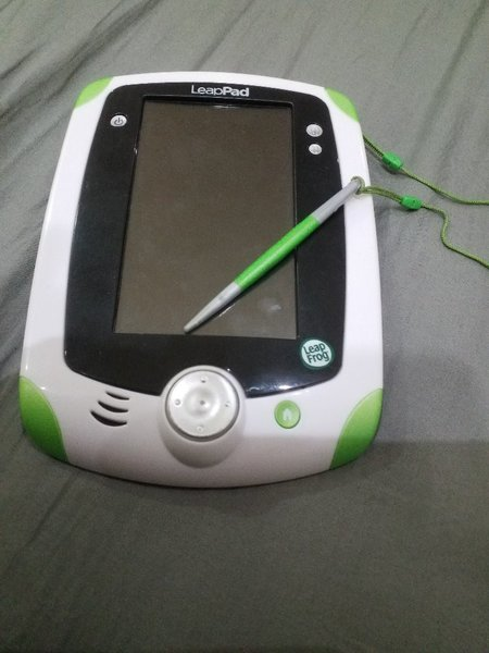 Used Leap pad no charge needed u need battery in Dubai, UAE