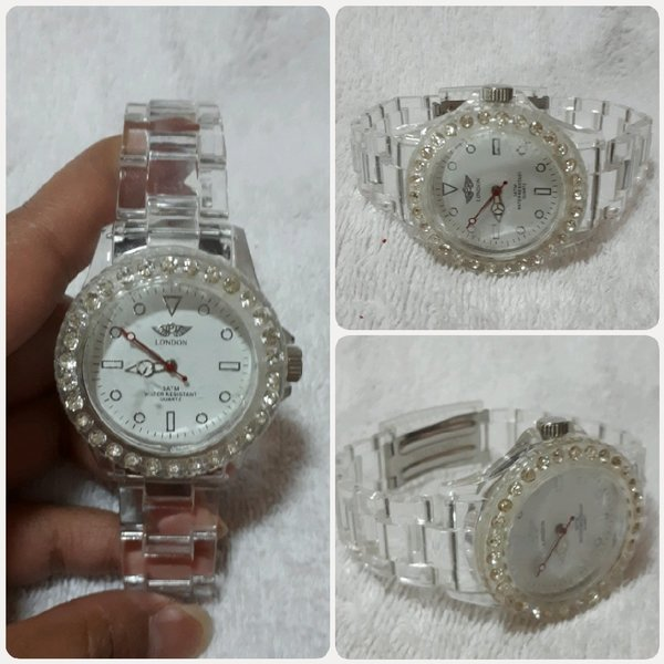 Used Amazing new LONDON watch for her. in Dubai, UAE