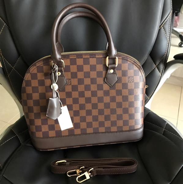 Used Brand New Ladies Bag With Sling in Dubai, UAE