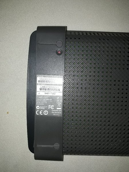 Used Wifi router linksys used in Dubai, UAE
