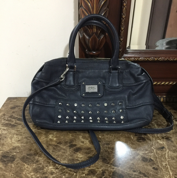 Used Guess Two Ways Bag In Navy Blue Color Worn Two Time Only In Excellent Condition  in Dubai, UAE