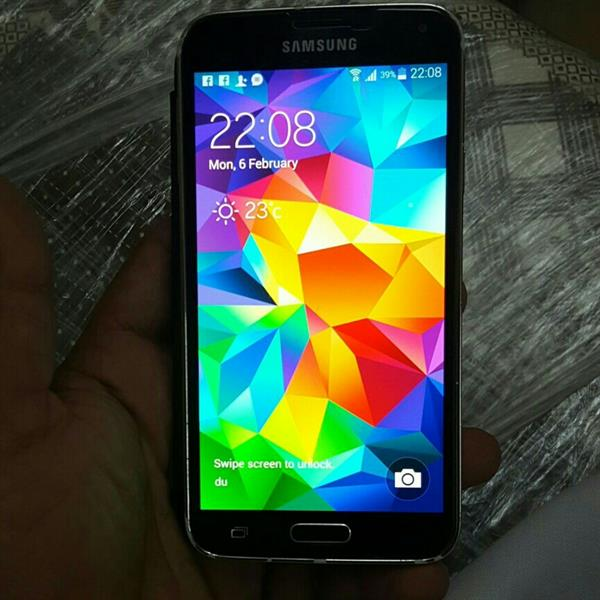 Used New S5 Only 5 Days Use Good Condition  in Dubai, UAE