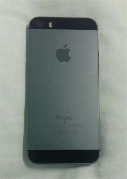 Used iphone 5s 16gb good condition no any complain in Dubai, UAE