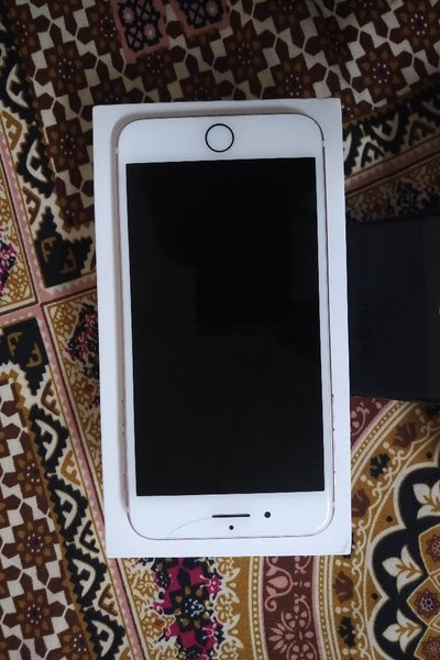 Used iPhone 7 Plus 256 GB in Dubai, UAE
