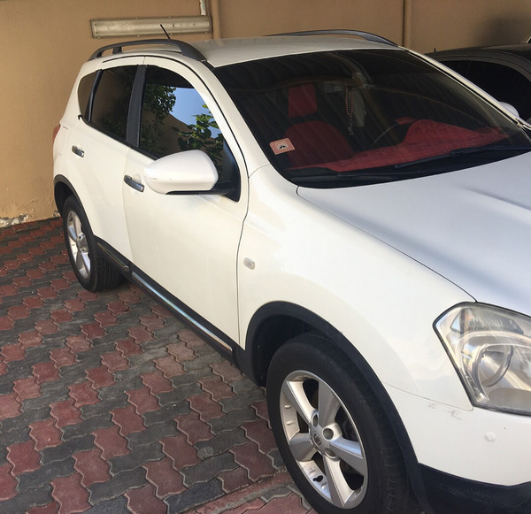 Nissan Qashqai 2009 First Owner For More Info Contact 0555008316