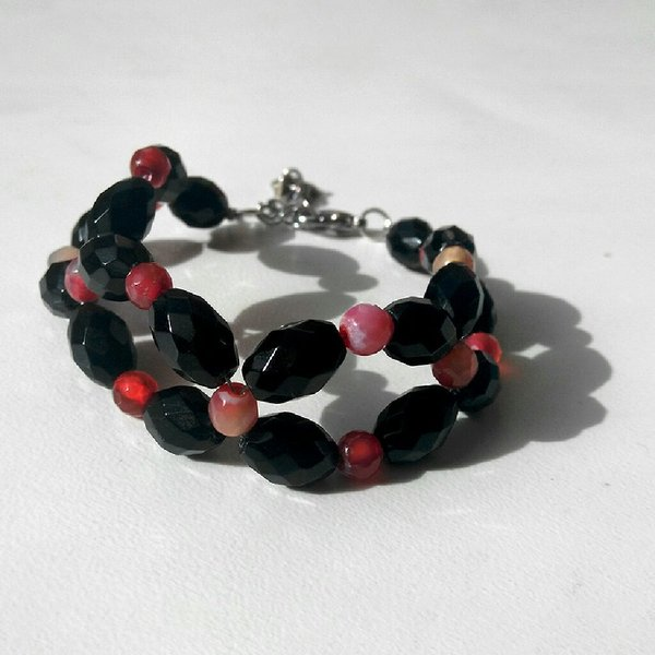 Used New Handmade Natural gemstone bracelet in Dubai, UAE