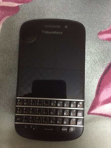 Used Blackberry Q10 in Dubai, UAE