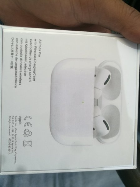 Used Airpods pro high master copy,👣👣👣👣 in Dubai, UAE