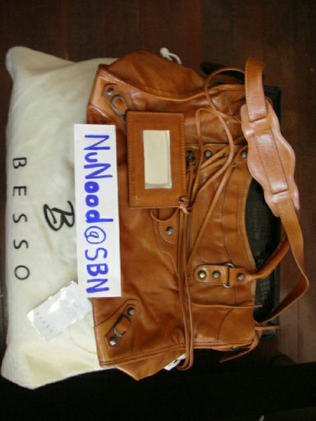 Used Shoulder Bag,  liked balenciaga bag in Dubai, UAE