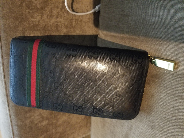 Used GUCCI wallet original in Dubai, UAE