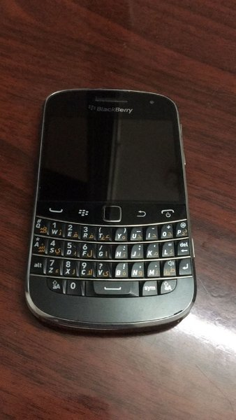 Used Blackberry Bold 4 Model 9900 in Dubai, UAE