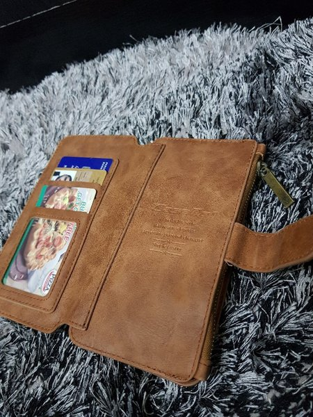 Used Note 3/4/5 wallet case in Dubai, UAE