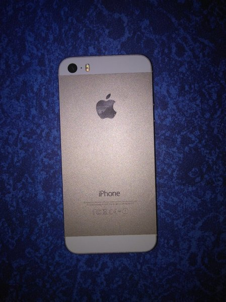 Used Iphone 5s 32gb can be used for parts in Dubai, UAE