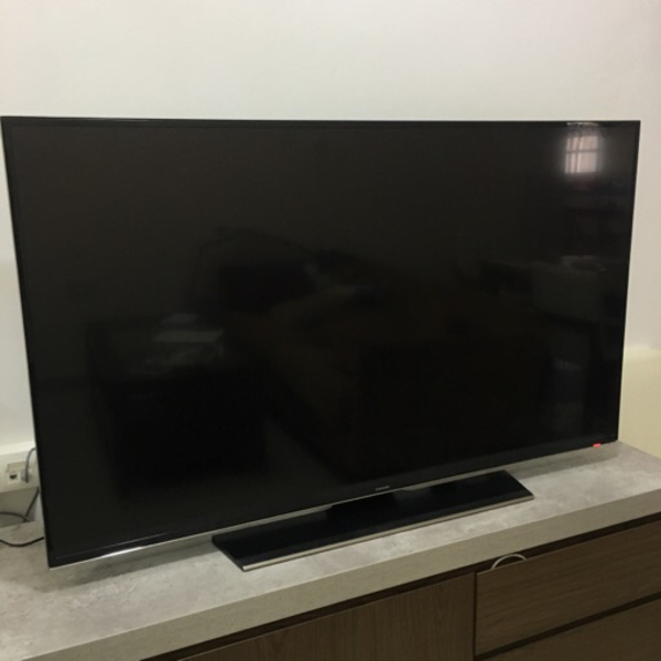 "Used Samsung 55"" UHD Smart TV *not working  in Dubai, UAE"