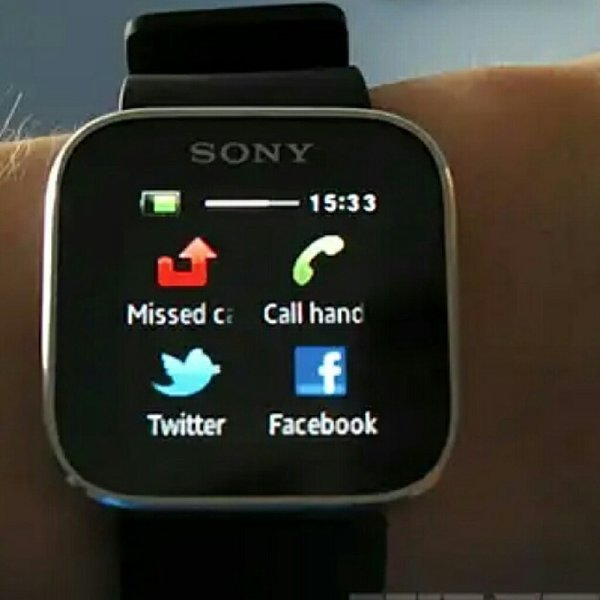 Used Sony smartwatch sw1 in Dubai, UAE