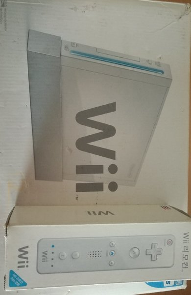 Used Nintendo wii with sports bundle for sale in Dubai, UAE
