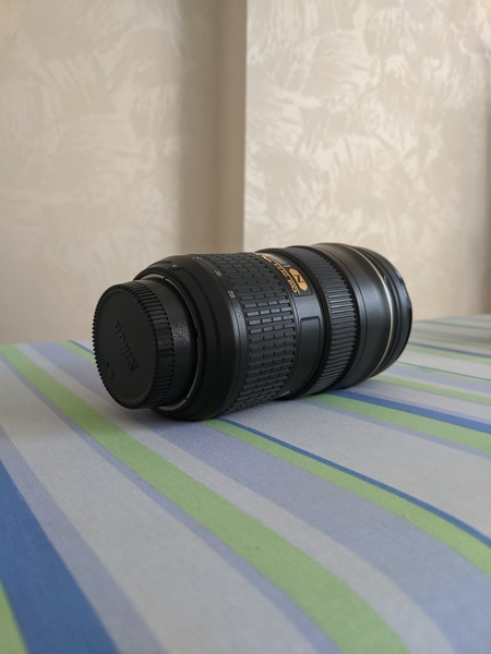Used Nikon 24-70mm lens 2.8 G ED in Dubai, UAE