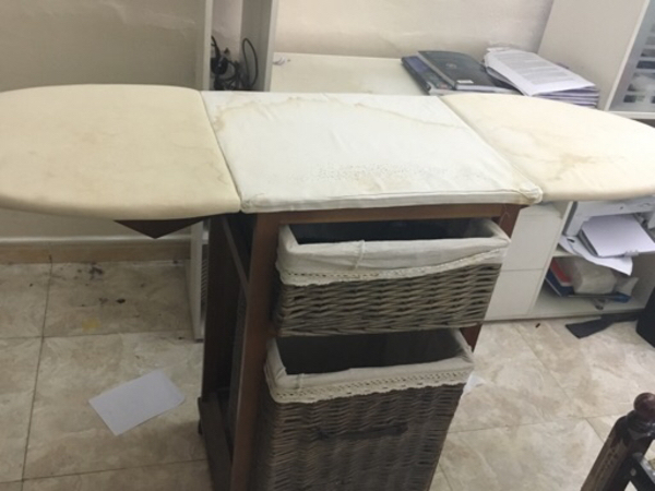 Used Ironing table in Dubai, UAE