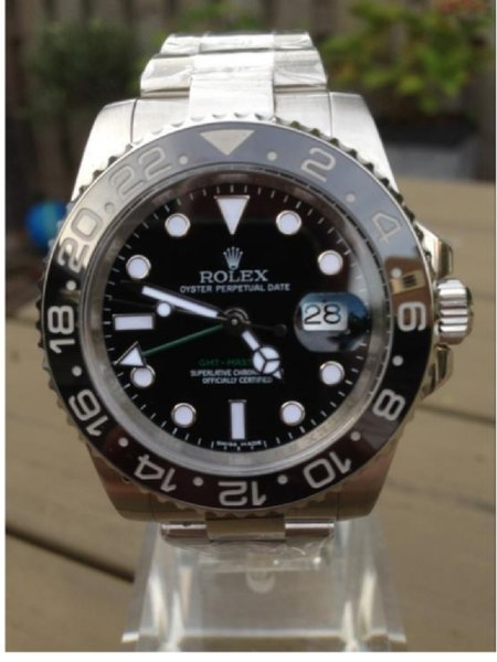 Used Genuine Rolex Submariner with paperwork in Dubai, UAE