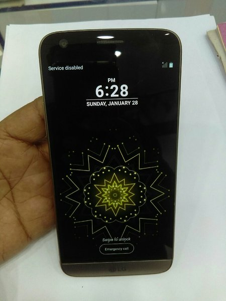 Used LG g5 32gb..4gb ram..4g in Dubai, UAE