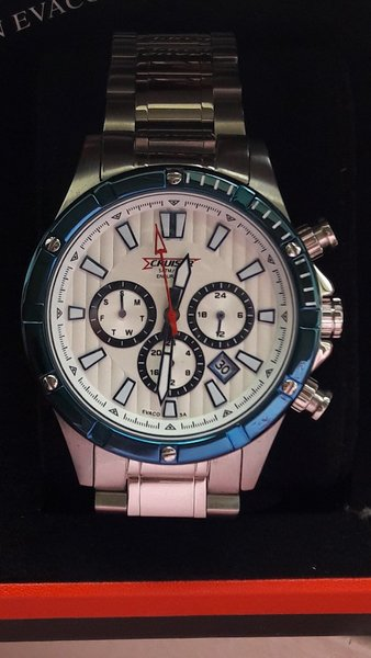 Used New cruiser watch in Dubai, UAE