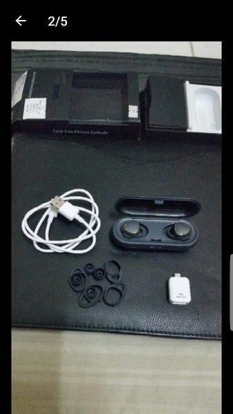 Used Samsung Gear Icon X in Dubai, UAE