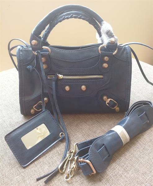 Used New Bag. Long Strap. Master Quality. in Dubai, UAE