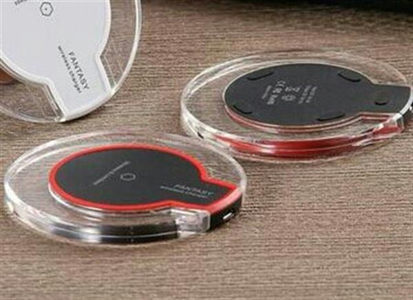 Used usb wireless charger for iphone and andriod in Dubai, UAE