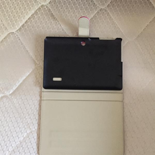 Used Ikon Tab, 16gb Internal Memory With Expandable Memory, Used Very Lightly, And With Flip Cover in Dubai, UAE