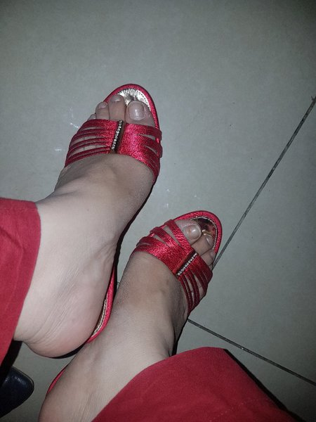 Used Vincci Stylish Sandals in large size in Dubai, UAE