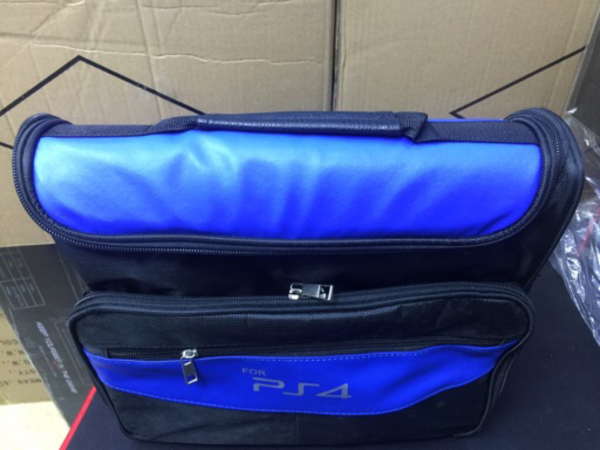 Used PS4 PRO and PS4 Slim travel bag in Dubai, UAE
