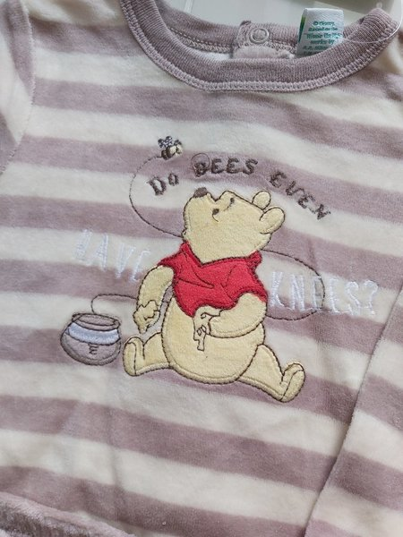 Used New disney brand baby clothes in Dubai, UAE