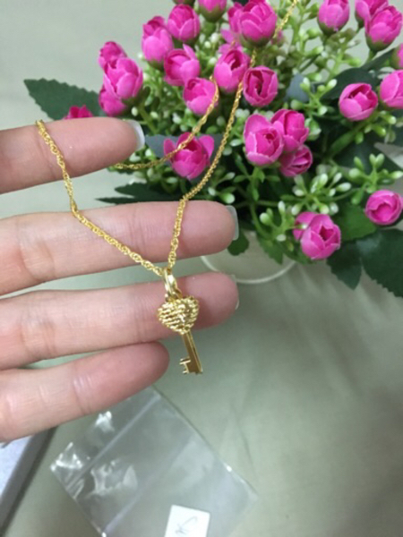Used Necklace key pendant in Dubai, UAE