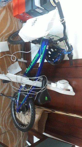 Used Cycle  table and dishwasher in Dubai, UAE