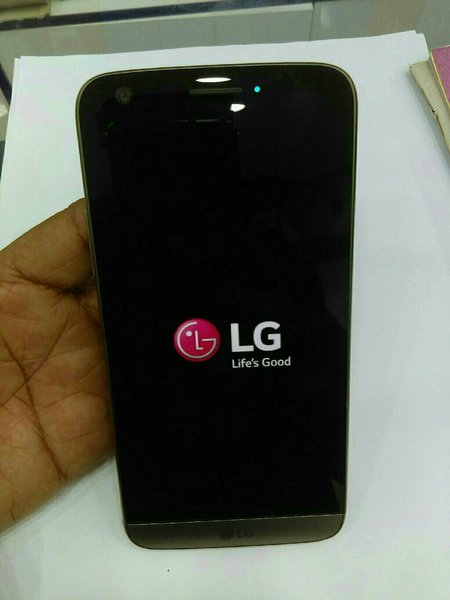 Used LG G5 ...32 gb..4gb...4g...single sim in Dubai, UAE