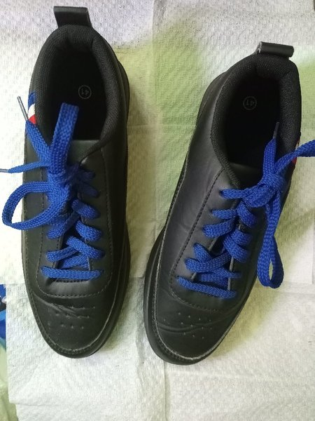 Used Unisex Sneakers in Dubai, UAE