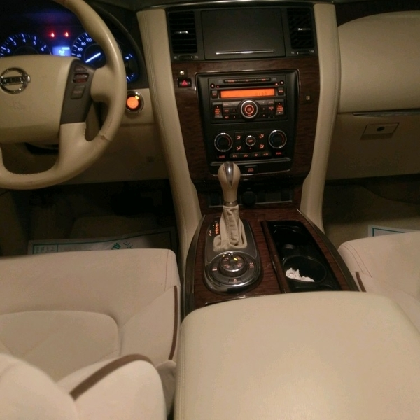 Used NISSAN PATROL SE 2012 320HP in Dubai, UAE