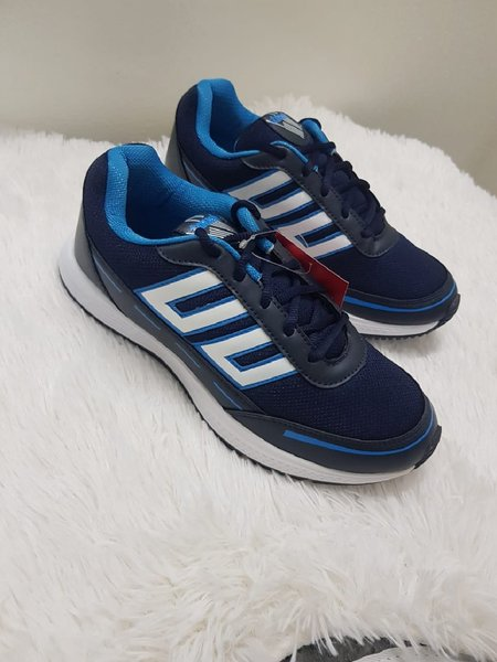 Used 42 shoes very good gd in Dubai, UAE