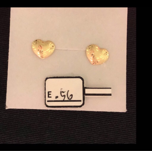 Used 18 Karat Real Gold Earrings  in Dubai, UAE