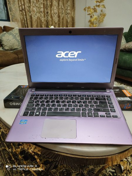 Used Acer Aspire V5 i5 4GB Ram 3rd Gen in Dubai, UAE